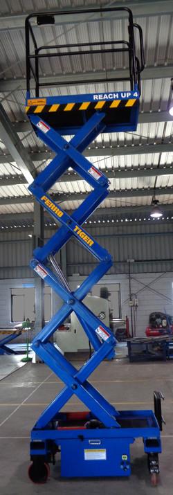 Reach Up 4 ( 4 Meters Platform Height x 6 Meters Working Height )(3)