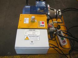 Innova CNC 2T P1650x1050 Machine Feeding _ Receiving