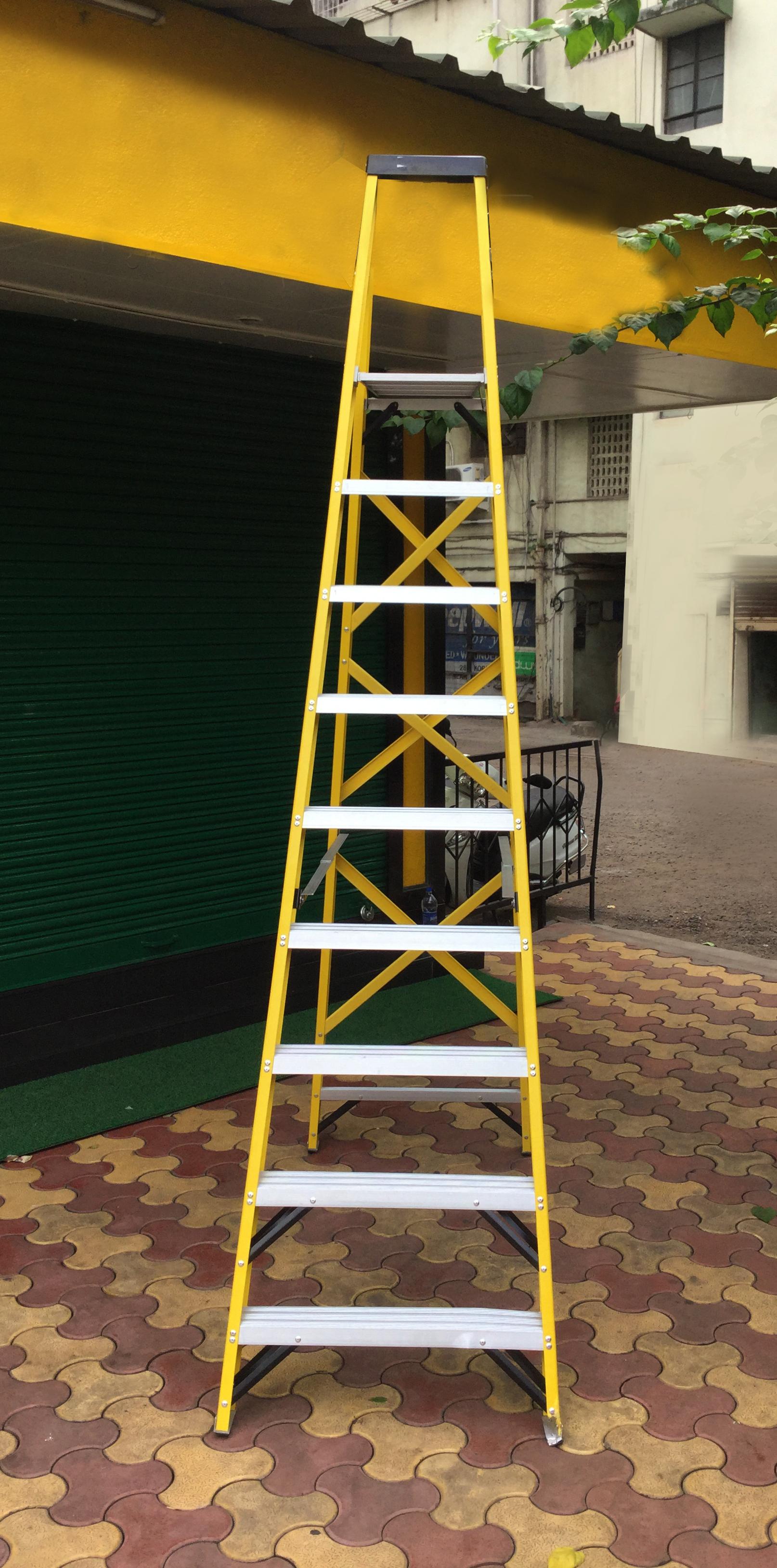 Industrial Step Ladders With Platform In The Range - 6ft to 14ft (Reinforced Back Frame)