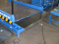 Dynamic Technologies 2T P2500 x 1500 with Manually operated Lip Board