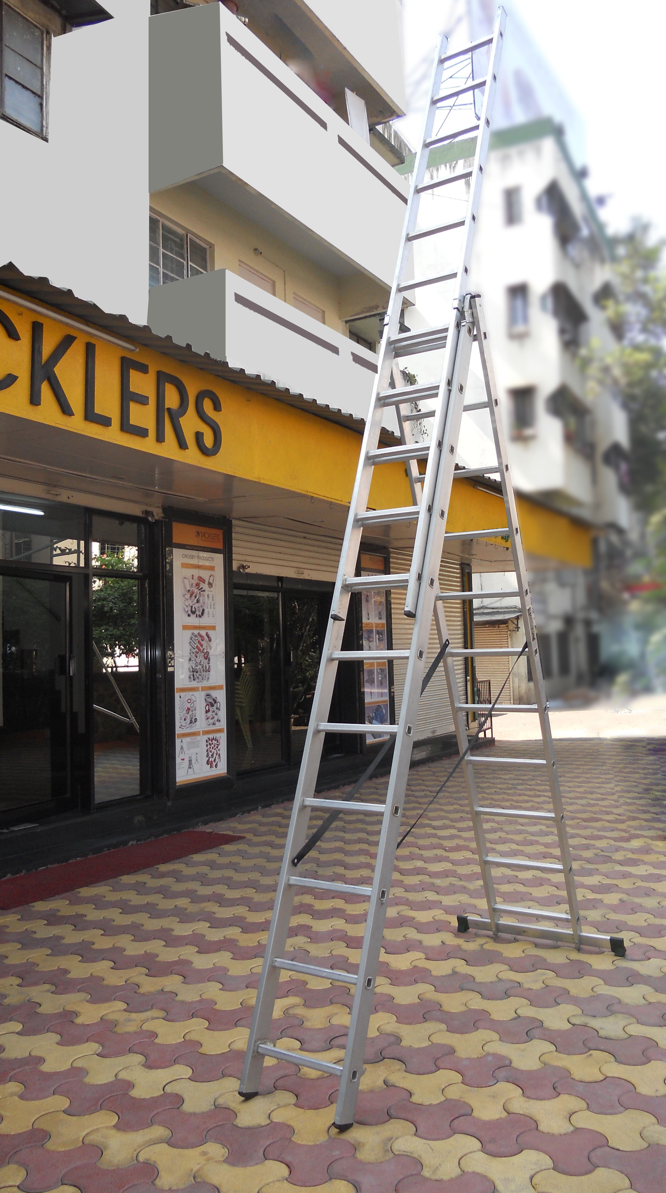 Combination ladder as a self supporting extension ladder