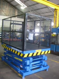 Rangsons Electronics 0.5T P2000x1200 Goods Lift