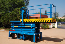 Reach Up 10 with Rollout Platform ( 10 Meters Platform Height x 12 Meters Working Height )(2)