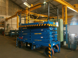Reach Up 12 with Rollout Platform ( 12 Meters Platform Height x 14 Meters Working Height )(2)