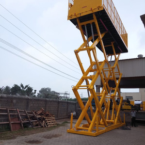 Custom manufactured Elevating Dock designed & Built by Ferro Tiger