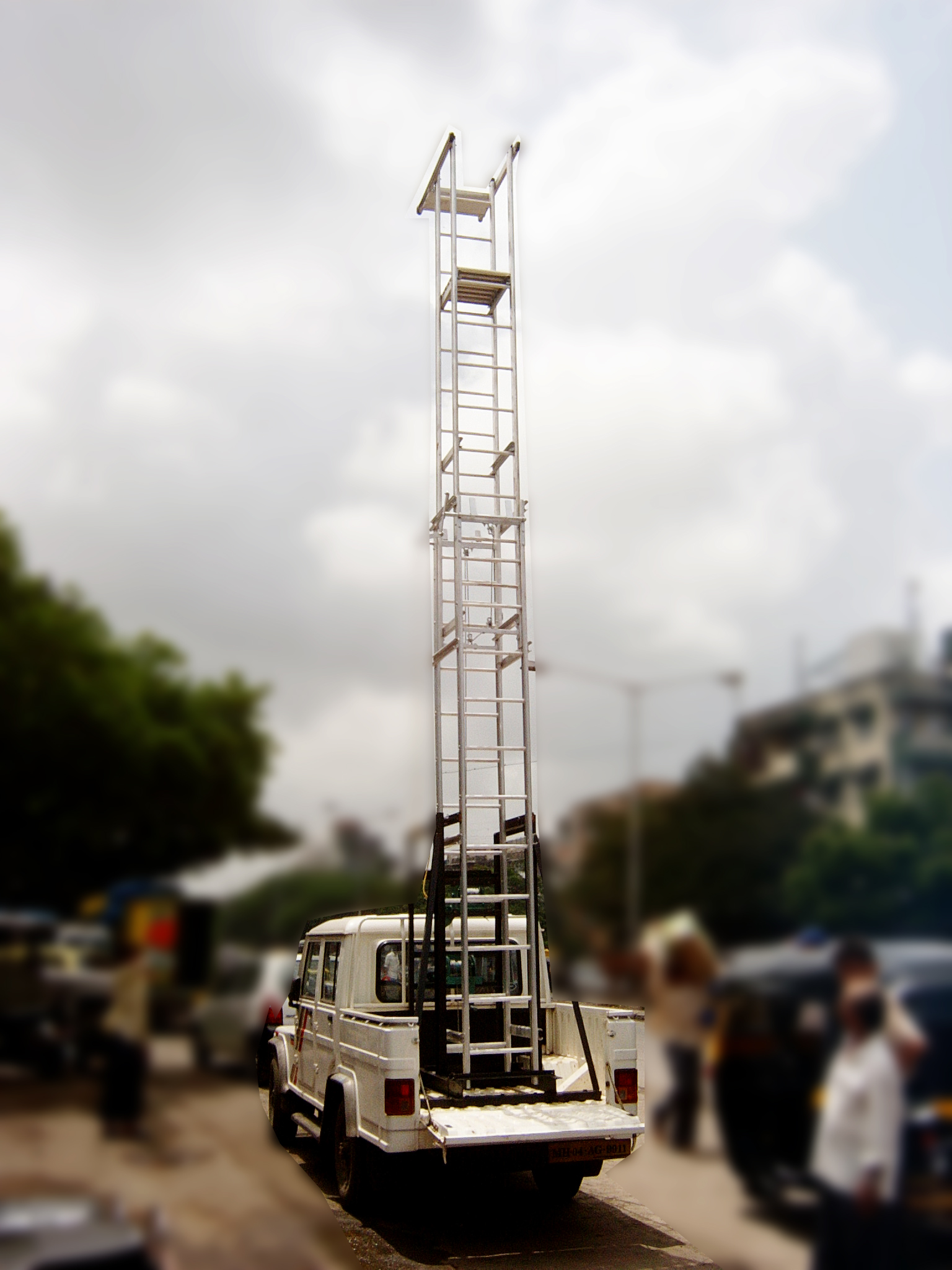 Truck Mounted Tower Ladder