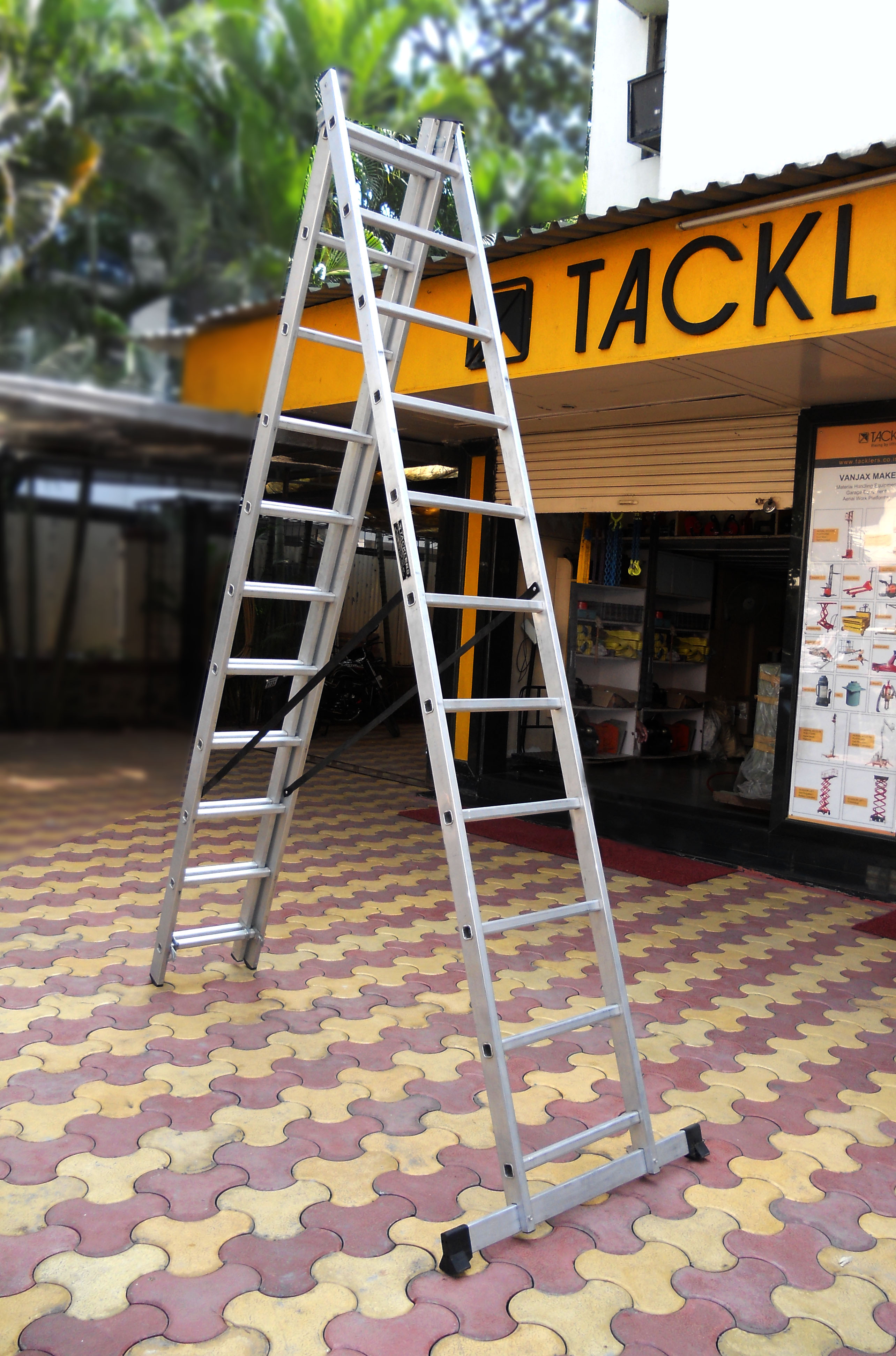 Combination ladder as a folding or step ladder