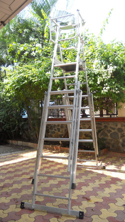 7 x 9 Rungs Ladder In Open Condition with Outriggers Closed
