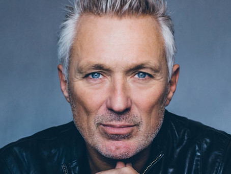 Introducing the first of our headline acts….. MARTIN KEMP!