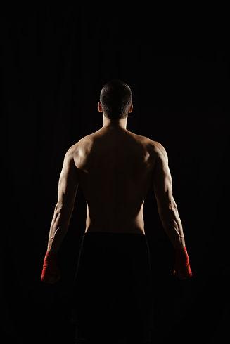 male-boxer-posing-his-powerful-back_158595-4848.jpg