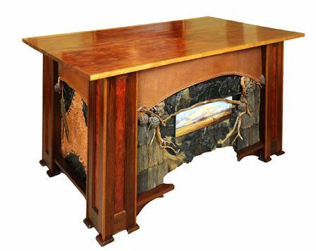 GOLD MOUNTAIN DESK