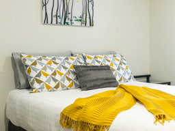 Stylish Queen Suite at Oceana B&B