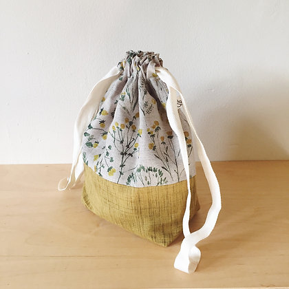 Medium Drawstring Project Bag - Mountain Meadow