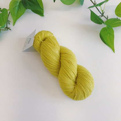 MEADOWLAND - Merino Tencel Sock Blend - Sapling