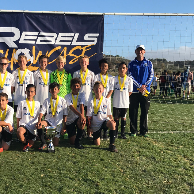 Rebels Showcase Champions Team Pix B06 E