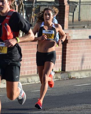 Nell Rojas Debuts Marathon at CIM