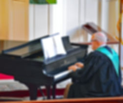 maysville, kentucky, organist, church, church organ, piano, pianist, church pianist