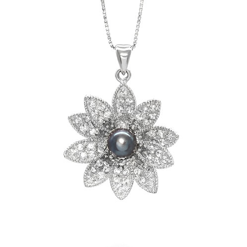 Lotus memory- 5-6mm 淡水珍珠配925銀鑲白鋯石吊墜