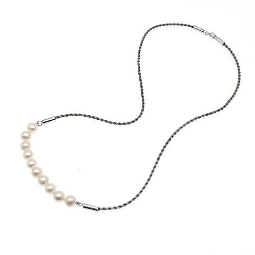 日本絲繩配淡水珍珠長鏈