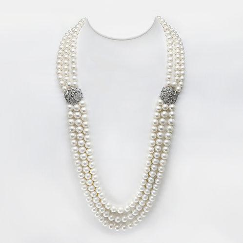 Queen's Treasure- 淡水珍珠配925純銀鑲鋯石頸鏈