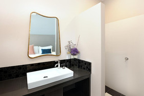 Stirling Arms Hotel Accommodation Ensuite