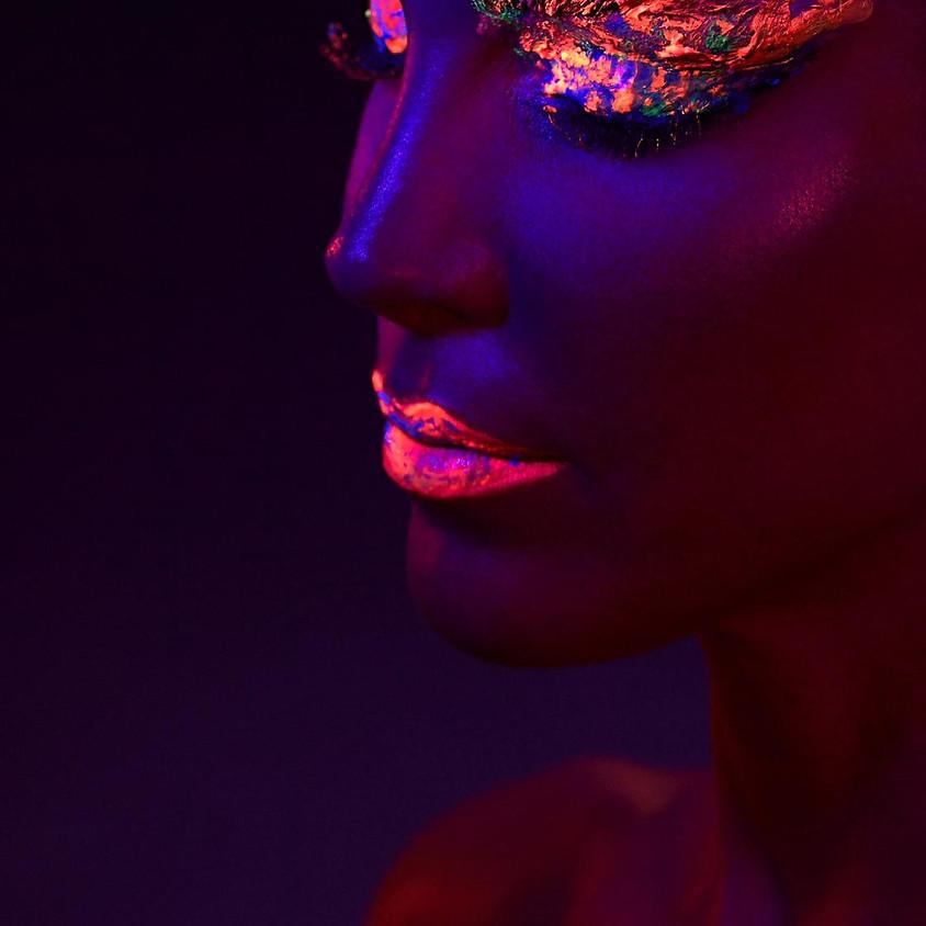 Neon-Make-up-Workshop & Schwarzlichtaufnahmen Für Make-up-Artisten