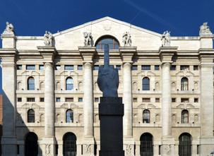 L.O.V.E heykeli ve borsa binası