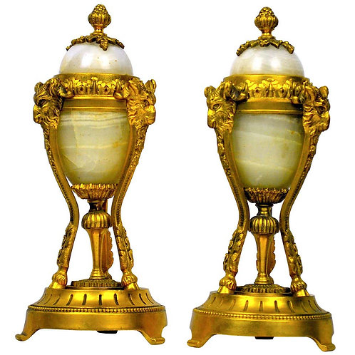 19th Century French Pair of Ormolu and Onyx Candlesticks with Finial Tops