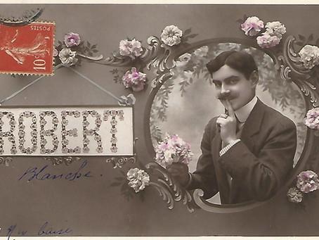 Lettres ou cartes, dans l'intimité des couples.