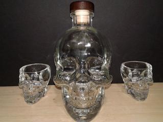 Empty Crystal Skull Head Vodka Bottle 750ml With shot glasses