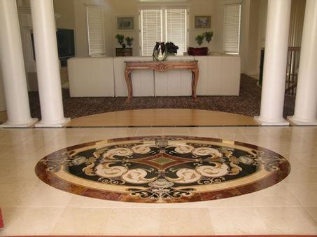 Monterossa-Oval-Entry.jpg
