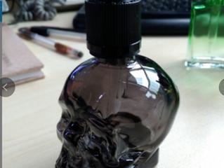30ml 60ml black skull head glass bottle