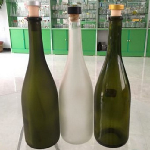 customed 700ml 750ml glass wine bottle with cork