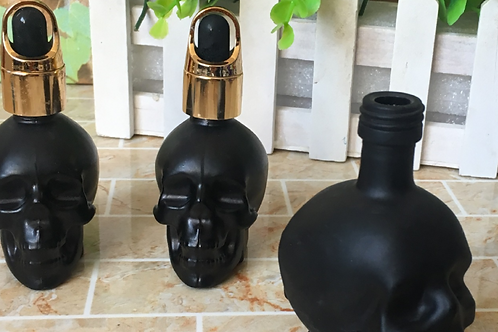 15ml black skull essential oil glass bottle