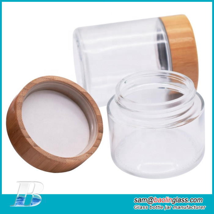 cosmetic glass jar with bamboo lid