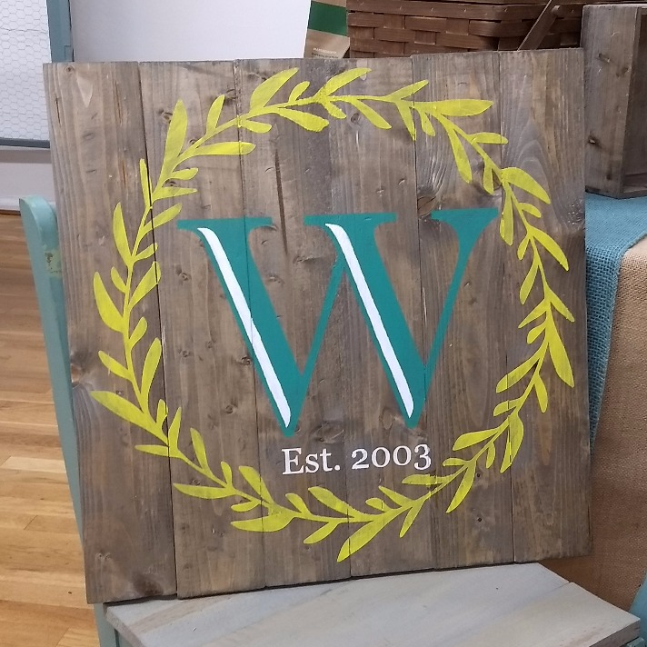 Laurel Wreath - Letter