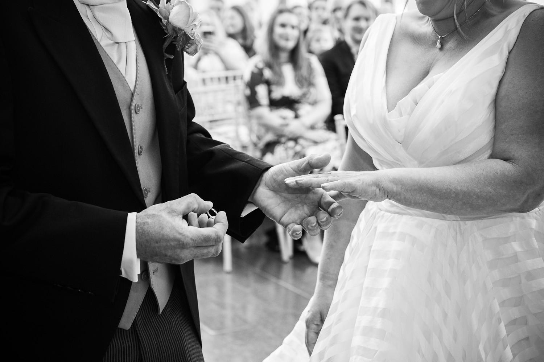 Wedding_OffleyPlace09.jpg