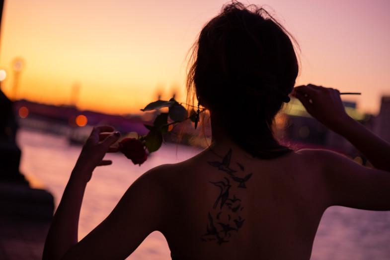 Emma sunset web-1.jpg