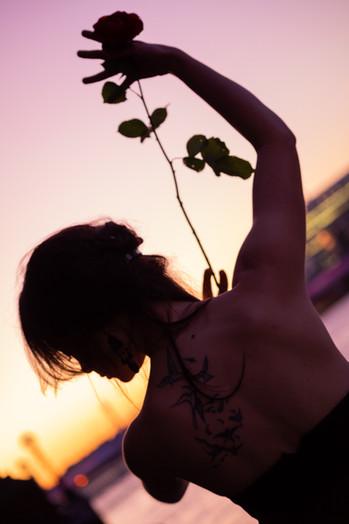 Emma sunset web-5.jpg