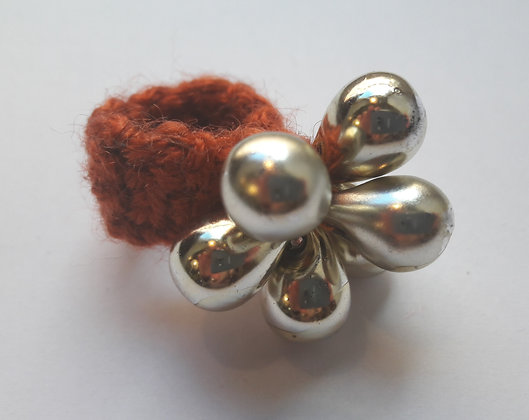 Häkelring mit Perlen