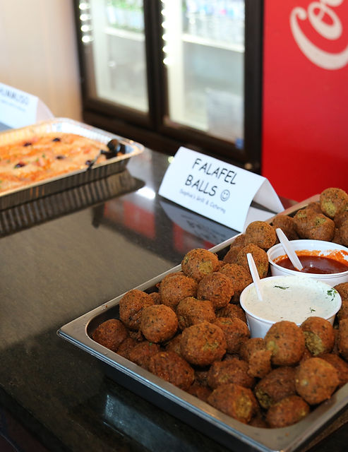 Falafel Balls Party Tray