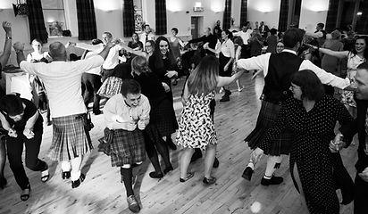 scottish dancing at wedding