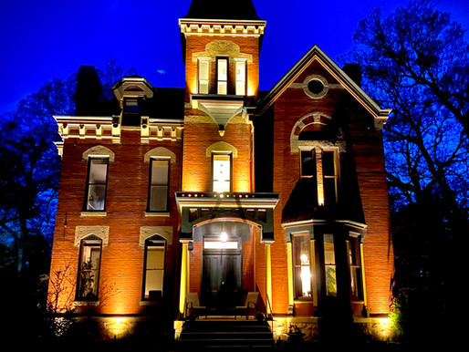 Historic Mansion in Petersburg, IL