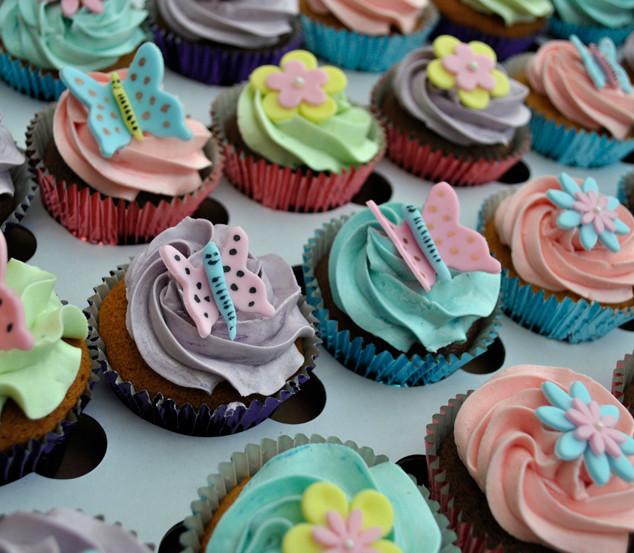Butterfly_cupcakes_aug2018_1_fb.jpg