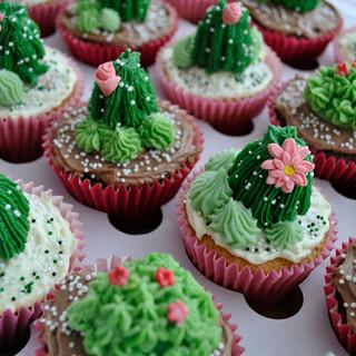 cactus_cupcakes_fb.jpg
