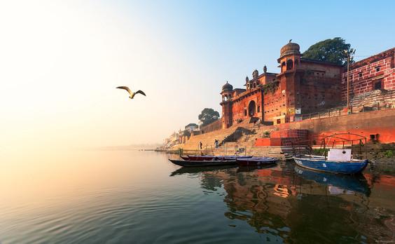 Ghats in Varanasi you must Visit!!
