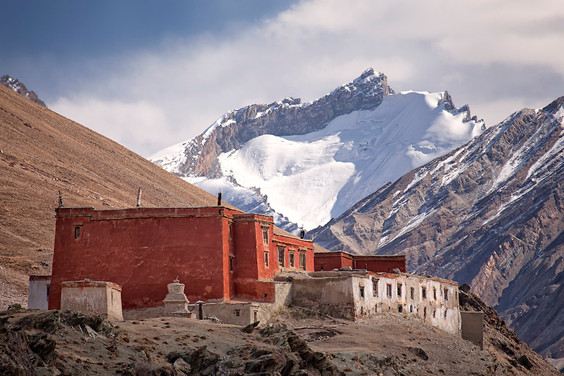 5 Beautiful Monasteries in Ladakh where You can Stay and Explore!