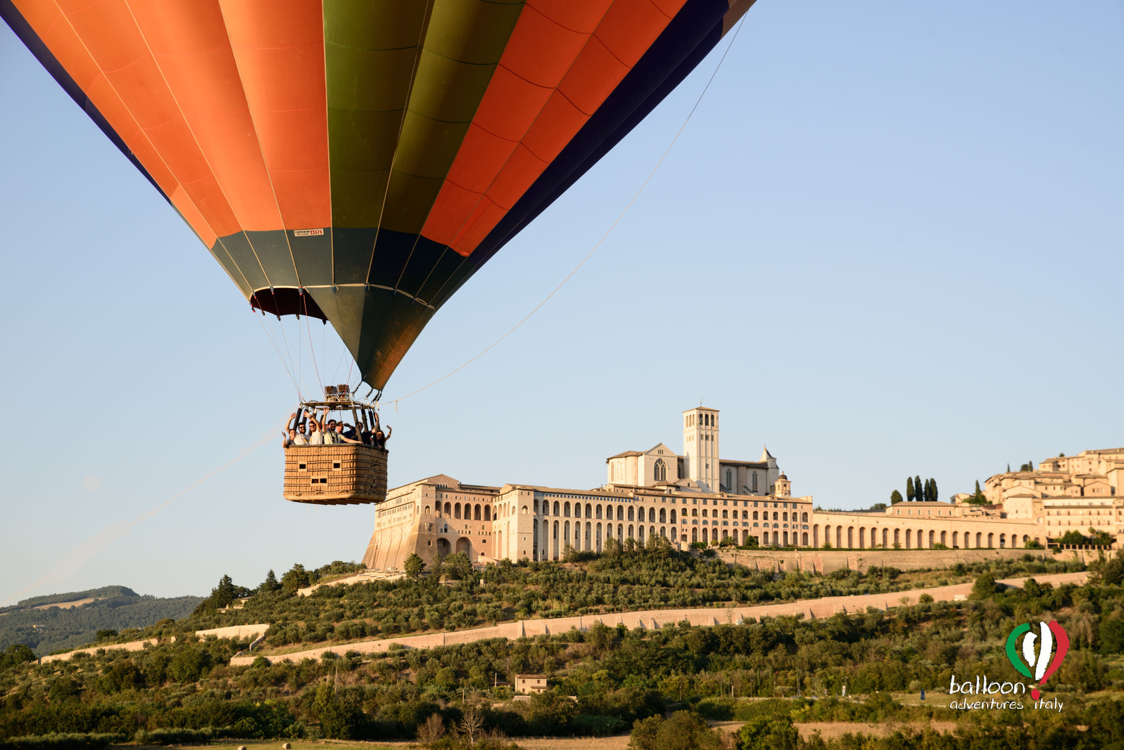 ASSISI IN MONGOLFIERA