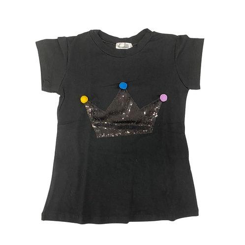 Camiseta coroa preta lantejoulas e pompons