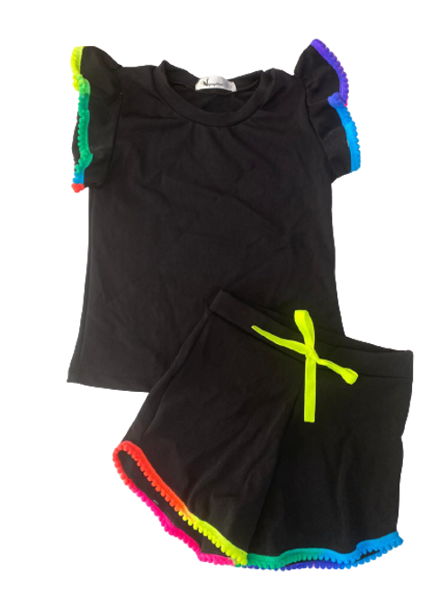 Conjunto Shorts e Blusa de Pompom Preto